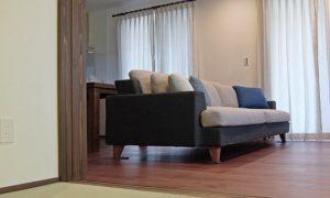 『シモアラ様能美市内見会』にソファを設置させて頂きます。