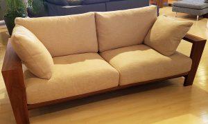 大阪から京都へ、本物のソファを探しに